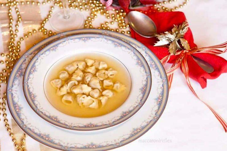 italian christmas recipes cappelletti in brodo - Italian Christmas Recipes